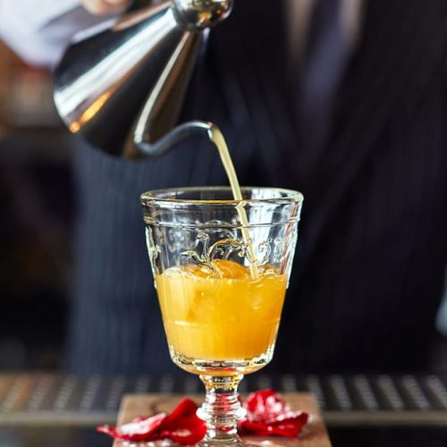 pouring-cocktail-800x1200-683x1024
